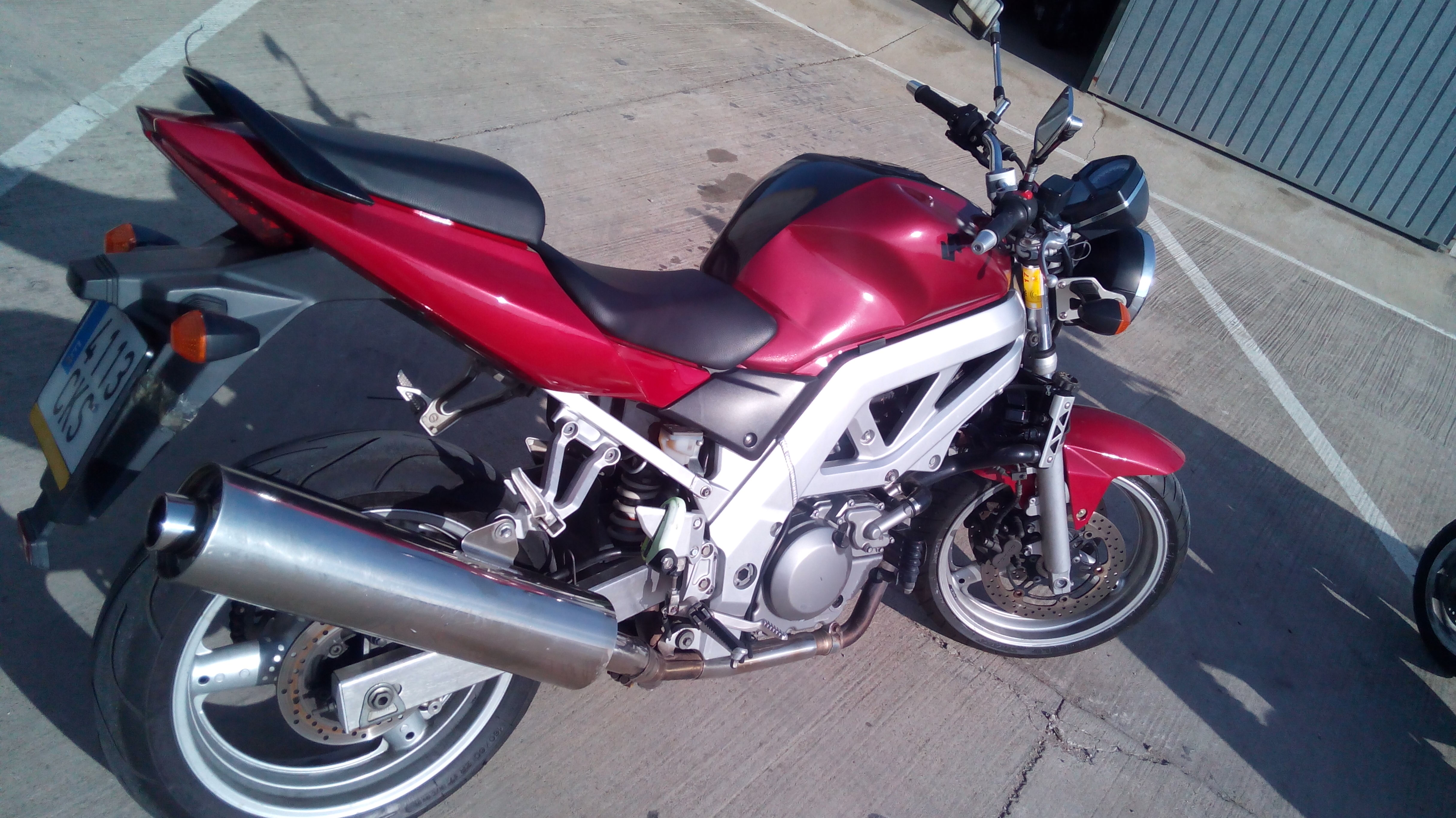 motocicleta para el permiso de conducir A